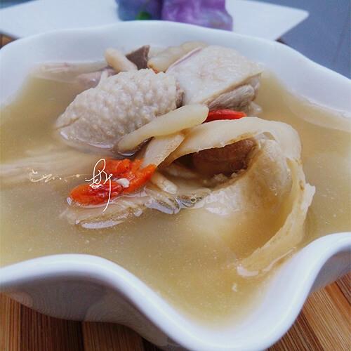 甜笋煲鸭汤