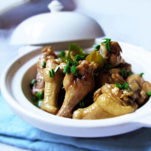 鸡翅根炖松蘑