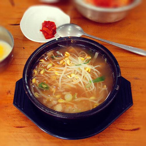 黄豆芽汤饭