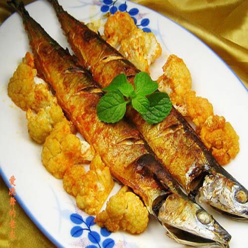 花菜烤秋刀鱼