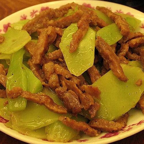 莴笋椒油鸡丝