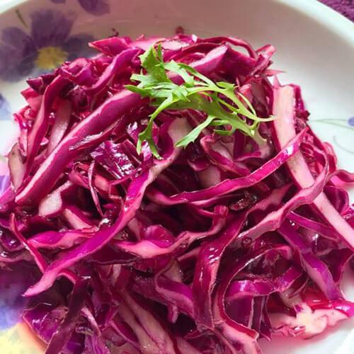 特色美食-凉拌紫甘蓝