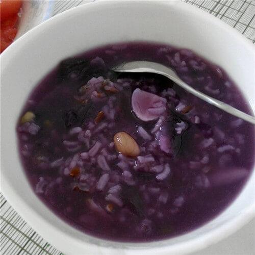 紫薯米粉粥