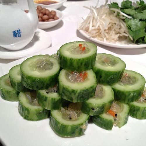 海蛰黄瓜卷