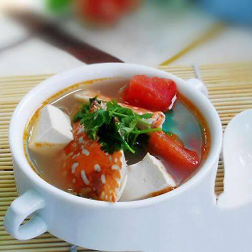 #爱美食#番茄豆腐花蟹汤