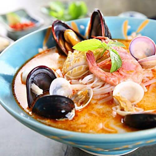 海鲜河粉汤