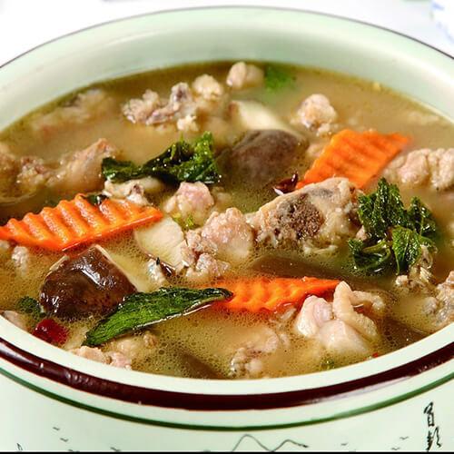 丝瓜胡萝卜炖鸡汤