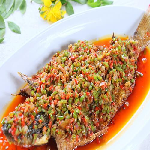 剁椒红娘鱼