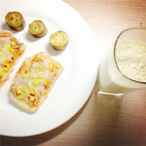 豆浆麦片土司