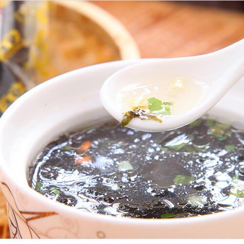 墨鱼滑紫菜汤