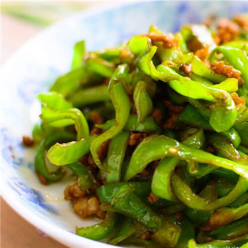 青椒肉末炒凉粉