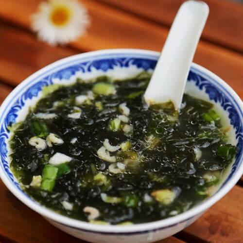 鱼片虾皮紫菜汤
