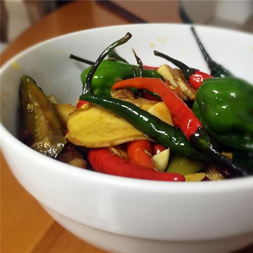 潮汕小吃腌蚬和腌黄瓜
