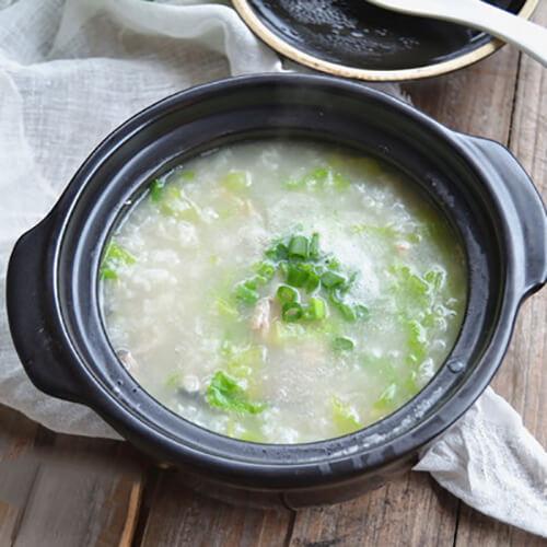 鱼骨莼菜粥