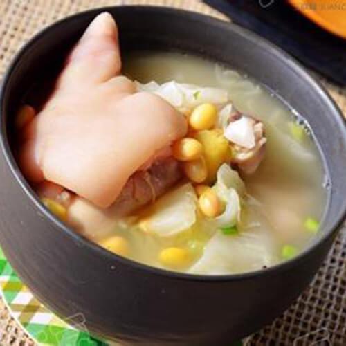 猪肉黄豆煲小白菜