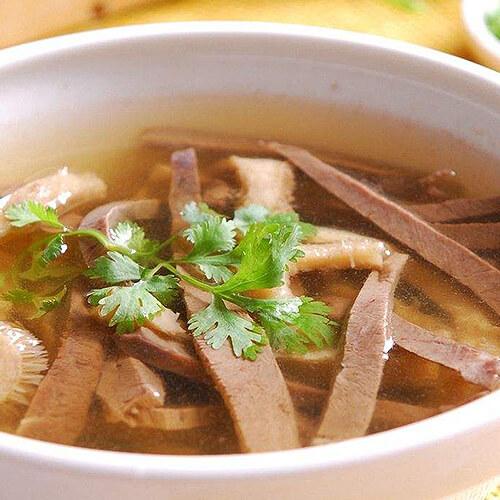 萝卜牛杂汤