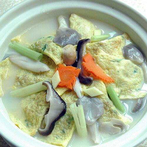 双孢菇鸡蛋汤