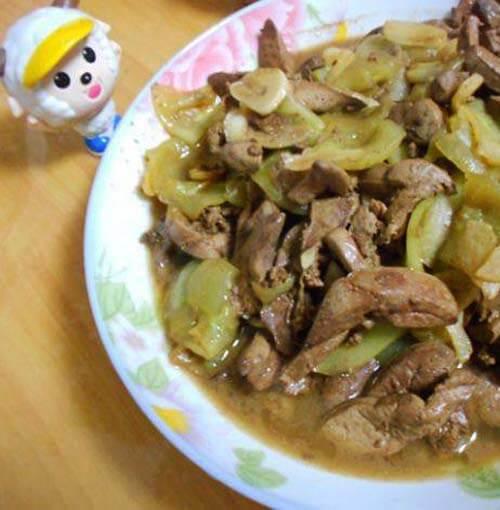 黄瓜炒鸭肝