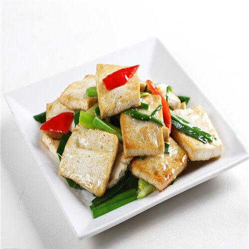 蒜末炒豆腐卷