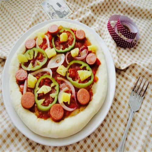 熏三文鱼洋葱披萨