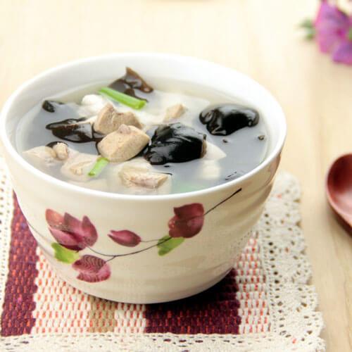 猪石冬菜汤
