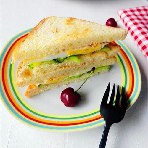 青瓜鸡蛋三明治