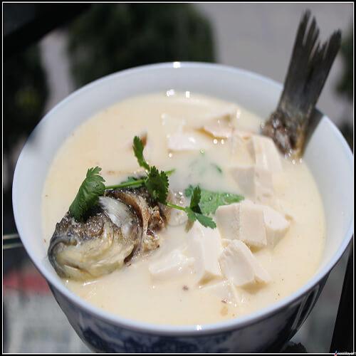 豆腐炖短鳍红娘鱼