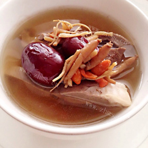 猪心瘦肉枸杞菜汤
