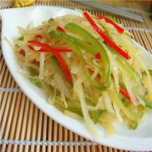 青红椒炒萝卜丝