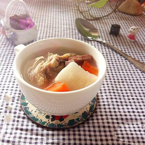 云腿天麻萝卜汤