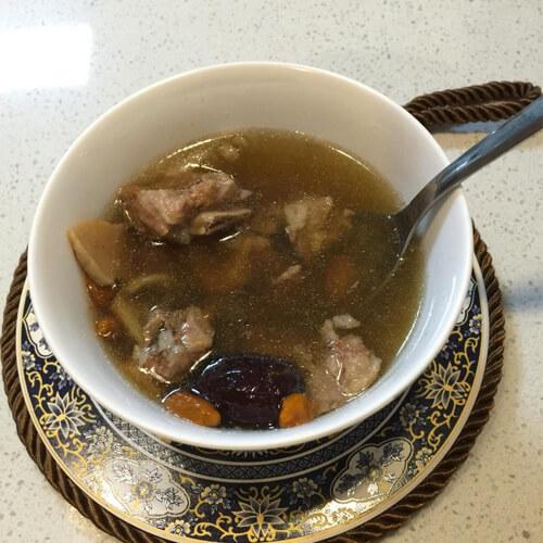 螺肉骨头汤