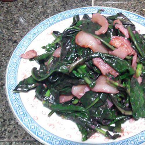 猪肉炒紫背天葵
