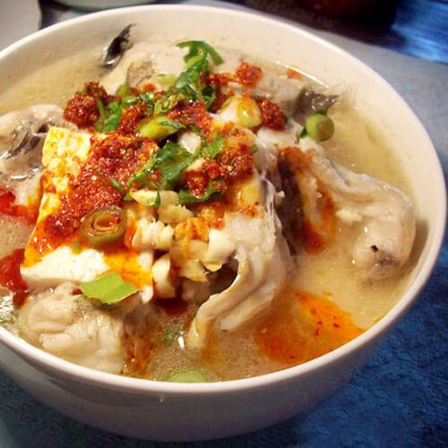 鲨鱼红烧冻豆腐