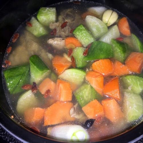 萝卜烧排骨--电高压锅