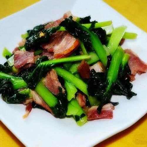 培根炒菊花菜