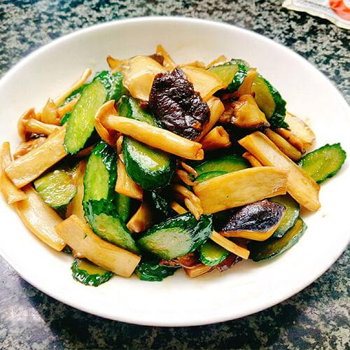 香菇炒黄瓜片