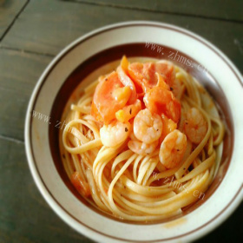 鲜虾番茄奶油意面