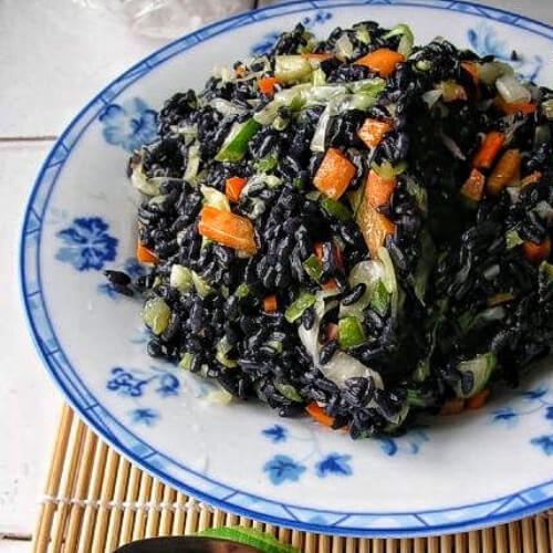 软糯香甜的乌米饭