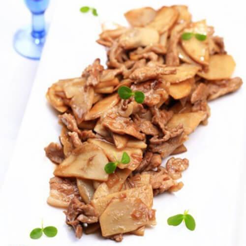 五花肉炒慈菇