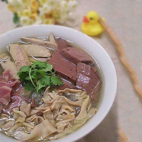 鸭血油豆腐粉丝汤