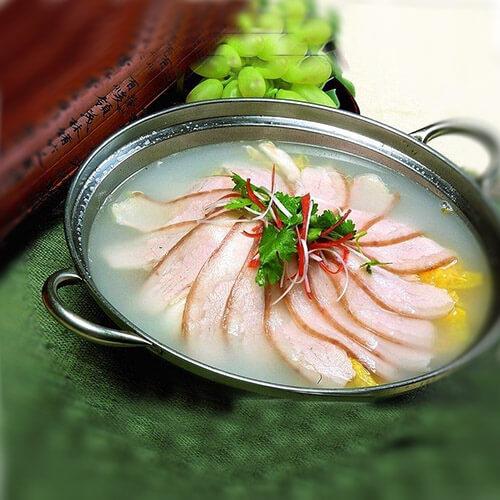 好吃的酸菜白肉锅
