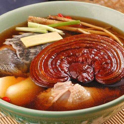 灵芝桂圆煮鸡汤