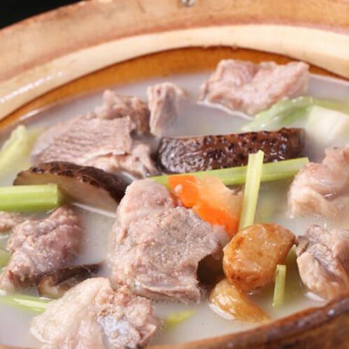 节瓜咸鸡骨汤