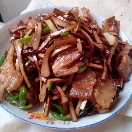 肥肉焖木碌豆