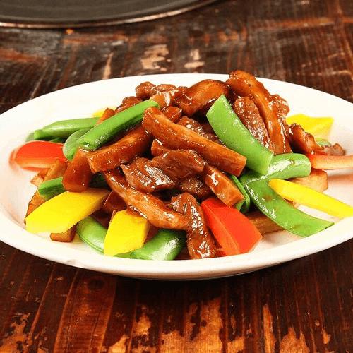 猪头肉炒萝卜