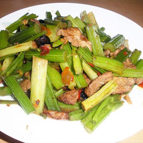 芹菜炒香菇肉丝
