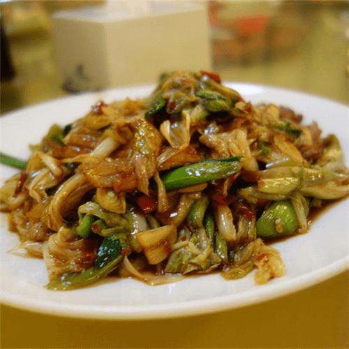 牛肉炒鸡蛋白菜