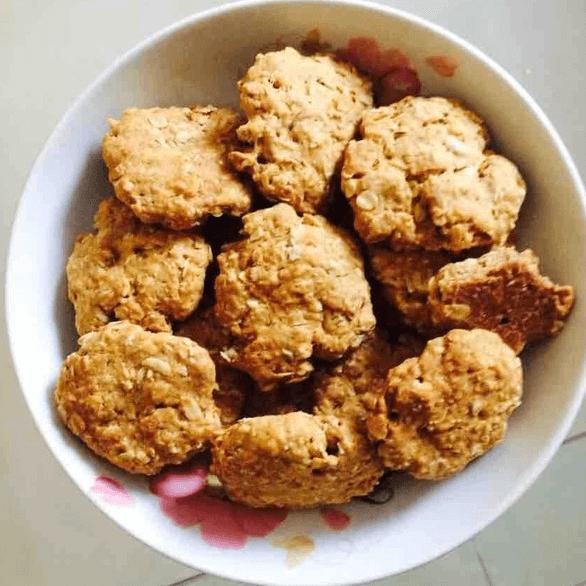 红糖燕麦黑芝麻饼干