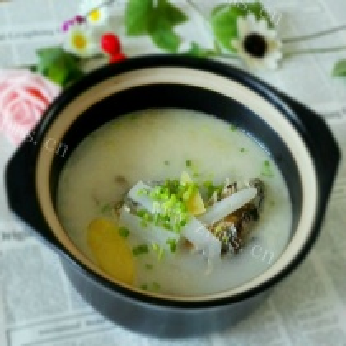 萝卜丝泥猛鱼汤