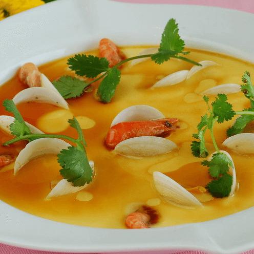 鸡汤氽海蚌
